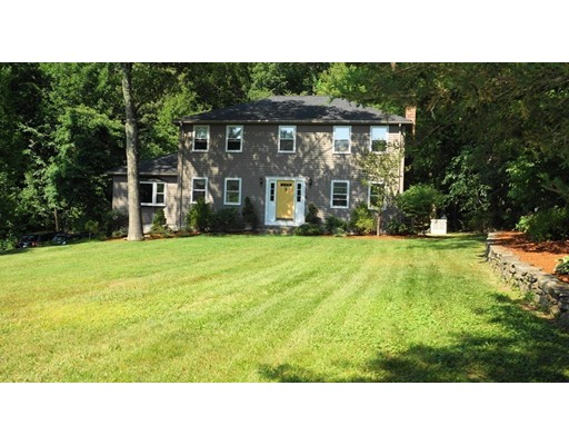 Single Family Home for Sale at 78 Fisher Street Medway, Massachusetts 02053 United States