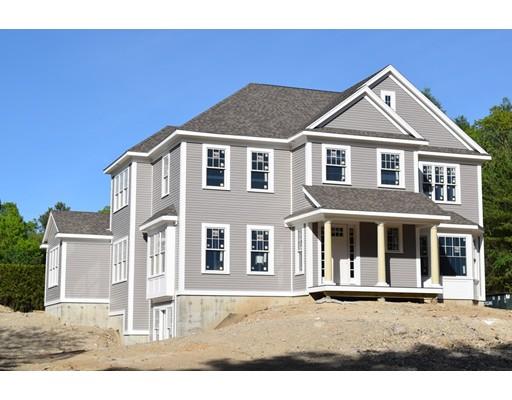 Maison unifamiliale pour l Vente à 32 Cross Street Dover, Massachusetts 02030 États-Unis