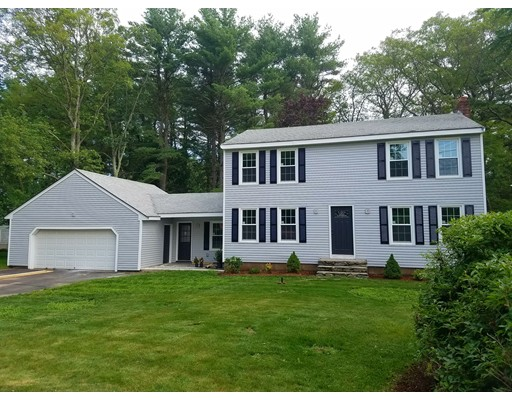 独户住宅 为 销售 在 1 Millbrook Drive Plainville, 02762 美国