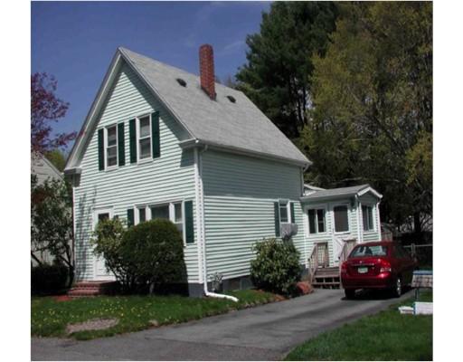5 Perry Ave, Taunton, MA 02780
