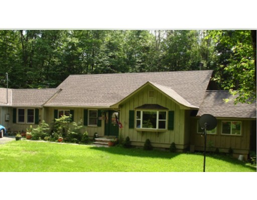 Single Family Home for Sale at 4 Hayden Road Blandford, Massachusetts 01008 United States