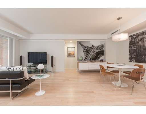 Casa Unifamiliar por un Alquiler en 130 Mount Auburn Street Cambridge, Massachusetts 02138 Estados Unidos