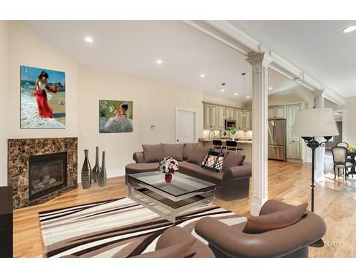 Casa Unifamiliar por un Alquiler en 49 Cook Street Newton, Massachusetts 02458 Estados Unidos