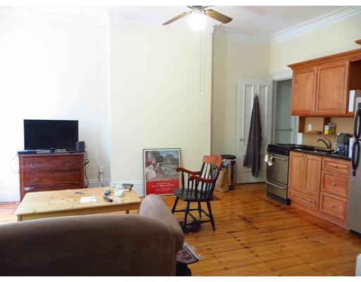 独户住宅 为 出租 在 75 Chandler Street 波士顿, 马萨诸塞州 02116 美国