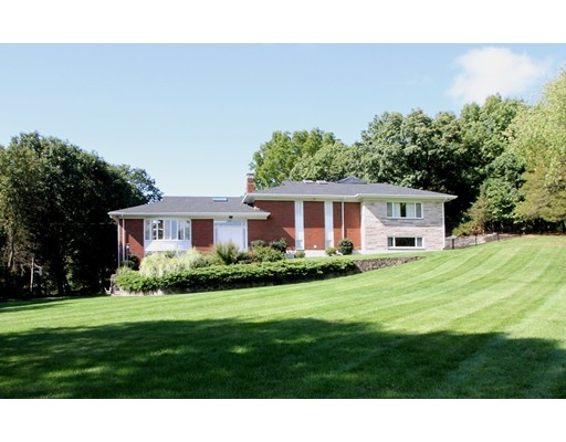 Single Family Home for Rent at 54 Drabbington Way Weston, Massachusetts 02493 United States