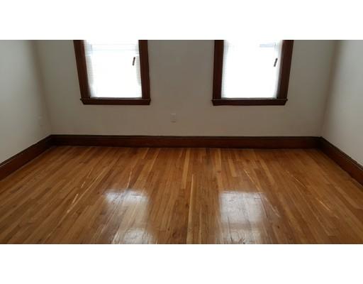 独户住宅 为 出租 在 23 Hooker Street 波士顿, 马萨诸塞州 02134 美国