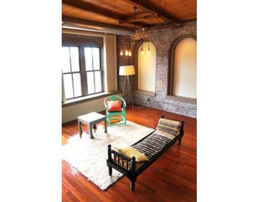 Casa Unifamiliar por un Alquiler en 35 Channel Center Street Boston, Massachusetts 02210 Estados Unidos