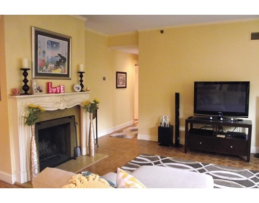 Single Family Home for Rent at 416 Commonwealth Avenue Boston, Massachusetts 02215 United States