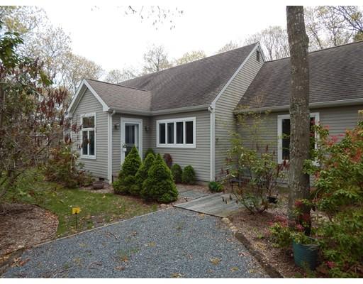 Casa Unifamiliar por un Alquiler en 290 Club Valley Drive 290 Club Valley Drive Falmouth, Massachusetts 02536 Estados Unidos