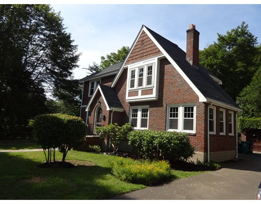 Additional photo for property listing at 17 Ireland Road  Newton, Massachusetts 02459 Estados Unidos