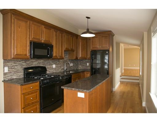 独户住宅 为 出租 在 24 Cook Street 波士顿, 马萨诸塞州 02129 美国