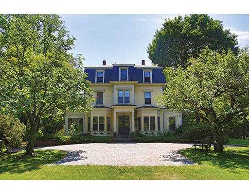 Single Family Home for Sale at 114 Clyde Street 114 Clyde Street Brookline, Massachusetts 02467 United States