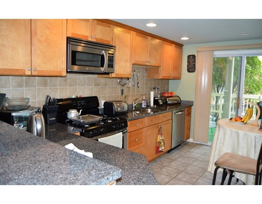 Additional photo for property listing at 47 Semont  Boston, Massachusetts 02124 Estados Unidos