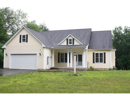 Частный односемейный дом для того Продажа на 228 Lower Road Deerfield, Массачусетс 01342 Соединенные Штаты