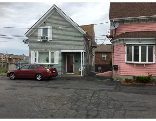 Casa Unifamiliar por un Venta en 202 County Street Fall River, Massachusetts 02723 Estados Unidos