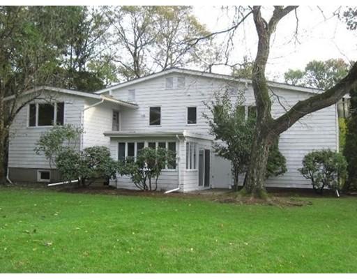 Casa Unifamiliar por un Alquiler en 132 Brandeis Road Newton, Massachusetts 02459 Estados Unidos