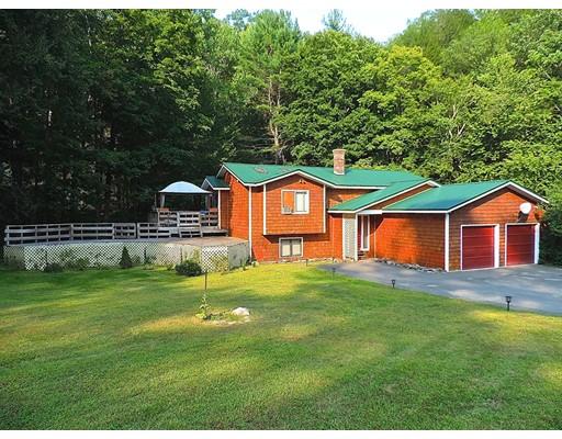 Single Family Home for Sale at 10 Wilson Graves Road 10 Wilson Graves Road Shelburne, Massachusetts 01370 United States