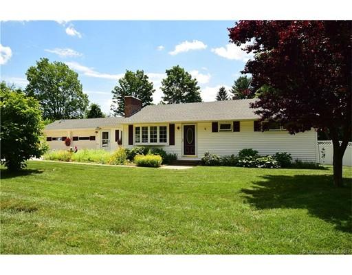 Частный односемейный дом для того Продажа на 5 Ash Street Enfield, Коннектикут 06082 Соединенные Штаты