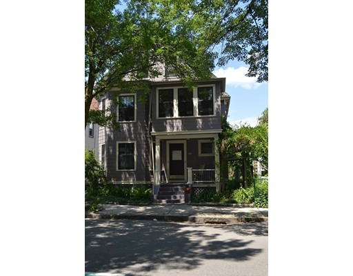 Additional photo for property listing at 40 Willow Avenue  Somerville, Massachusetts 02144 Estados Unidos