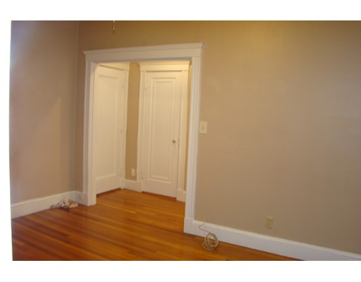 Single Family Home for Rent at 4 Washington Avenue Cambridge, Massachusetts 02140 United States