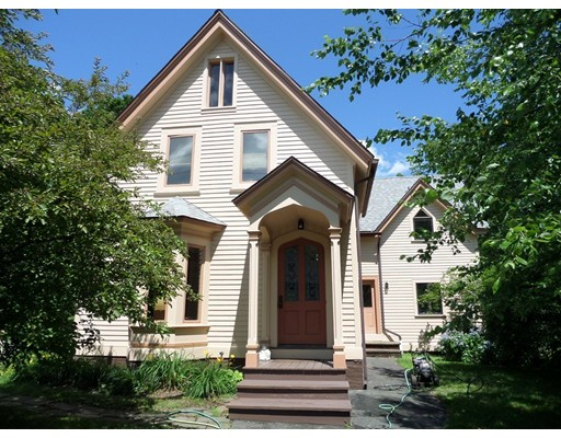 Single Family Home for Sale at 27 S Main Street 27 S Main Street Williamsburg, Massachusetts 01096 United States