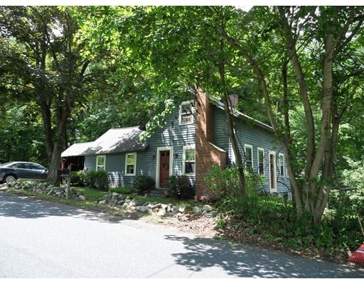 独户住宅 为 销售 在 2 Hyde Hill Road Williamsburg, 01096 美国
