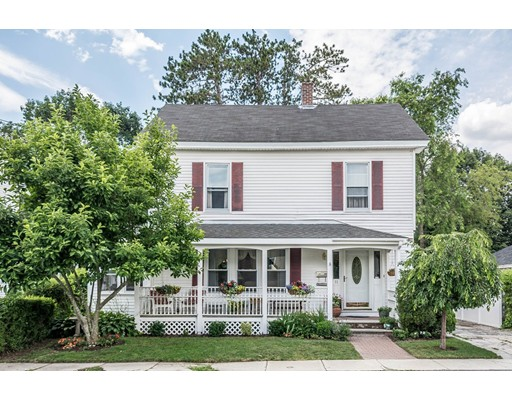 11 Royalston Ave, Lowell, MA 01851