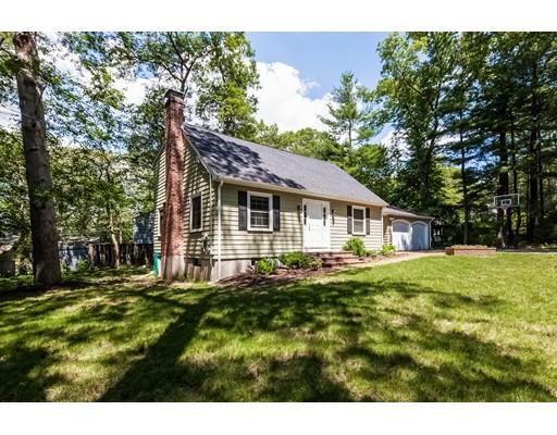 واحد منزل الأسرة للـ Sale في 30 Avon Road Norwood, Massachusetts 02062 United States
