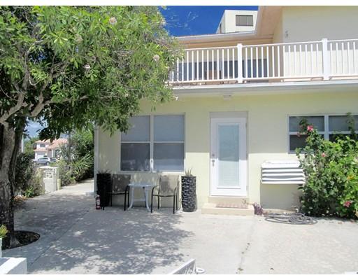Casa Unifamiliar por un Alquiler en 2237 N Ocean Blvd Fort Lauderdale, Florida 33305 Estados Unidos