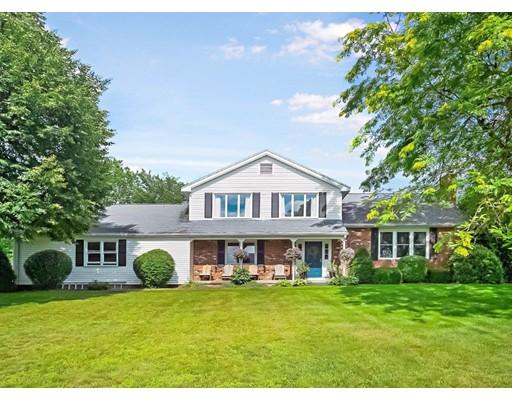 独户住宅 为 销售 在 143 Nash Hill Road Ludlow, 01056 美国