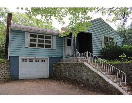 Single Family Home for Sale at 944 New Sherborn Road Athol, Massachusetts 01331 United States