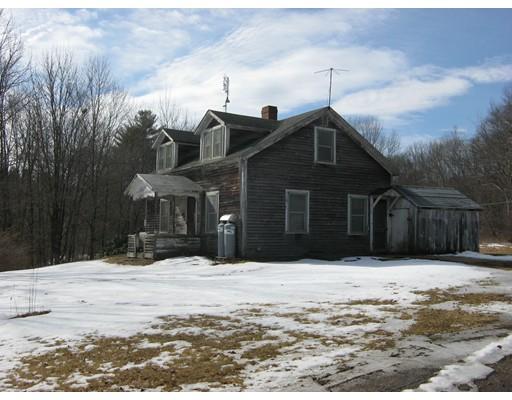 واحد منزل الأسرة للـ Sale في 1532 N. Brookfield Road Oakham, Massachusetts 01068 United States
