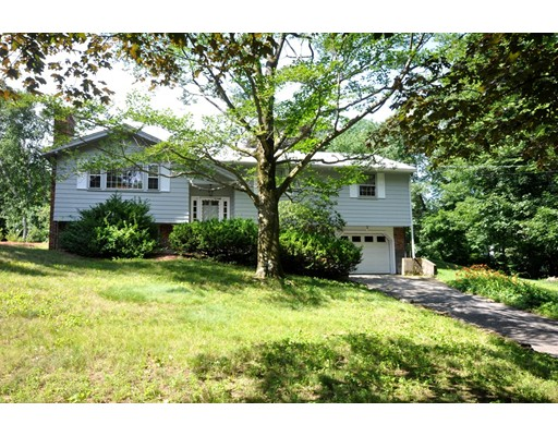 Casa Unifamiliar por un Venta en 7 Ethelyn Circle Maynard, Massachusetts 01754 Estados Unidos