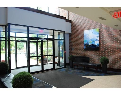 Коммерческий для того Аренда на 8 Essex Center Drive 8 Essex Center Drive Peabody, Массачусетс 01960 Соединенные Штаты