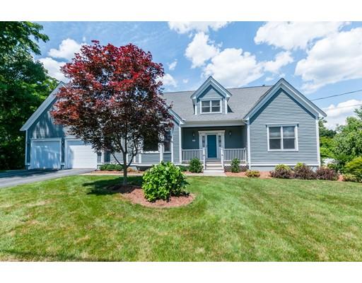 واحد منزل الأسرة للـ Sale في 92 Croydon Road Norwood, Massachusetts 02062 United States