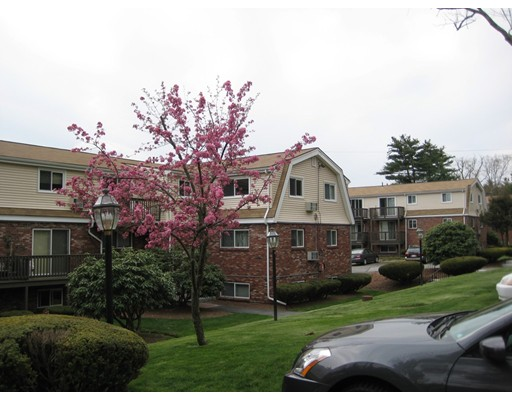 واحد منزل الأسرة للـ Rent في 5 Wampus Avenue Acton, Massachusetts 01720 United States
