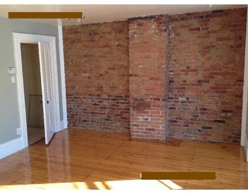 独户住宅 为 出租 在 47 delle 波士顿, 马萨诸塞州 02120 美国