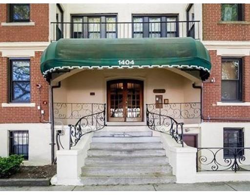 独户住宅 为 出租 在 1404 commonwealth Avenue 波士顿, 马萨诸塞州 02134 美国
