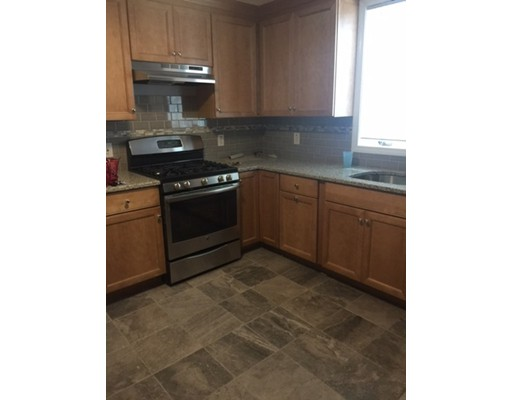 Additional photo for property listing at 107 Wordsworth Street  波士顿, 马萨诸塞州 02128 美国