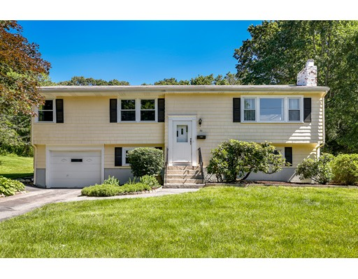 20 Morningside Ave, Natick, MA 01760