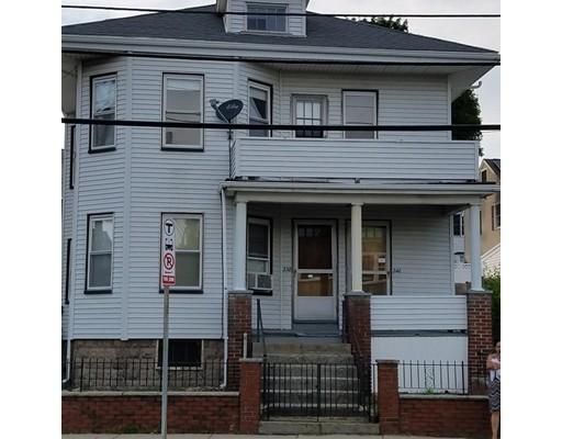 Additional photo for property listing at 240 Elm Street  Everett, Massachusetts 02149 United States