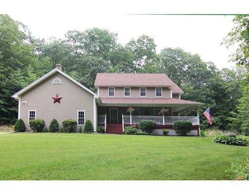 Casa Unifamiliar por un Venta en 24 Harlow Clark Road Huntington, Massachusetts 01050 Estados Unidos