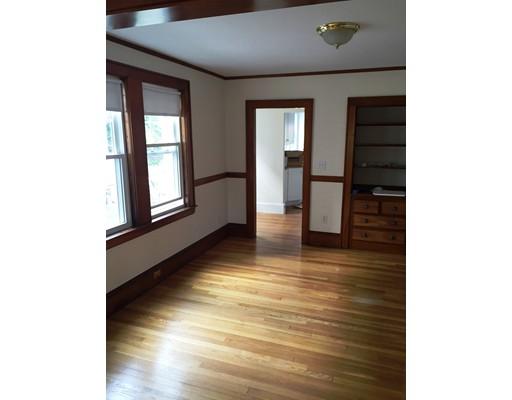 独户住宅 为 出租 在 81 Elm Street 贝尔蒙, 马萨诸塞州 02478 美国