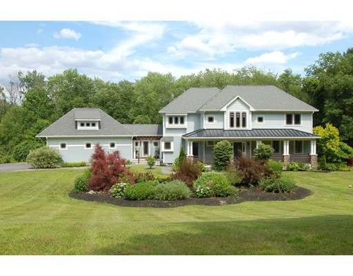 Single Family Home for Sale at 411 Cartwright Road Wellesley, Massachusetts 02481 United States