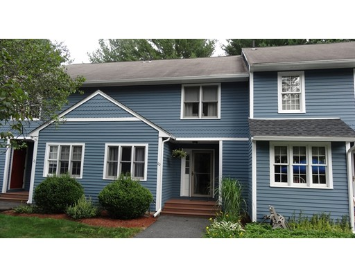 Condominio por un Venta en 10 Laurelwood Drive 10 Laurelwood Drive Hopedale, Massachusetts 01747 Estados Unidos