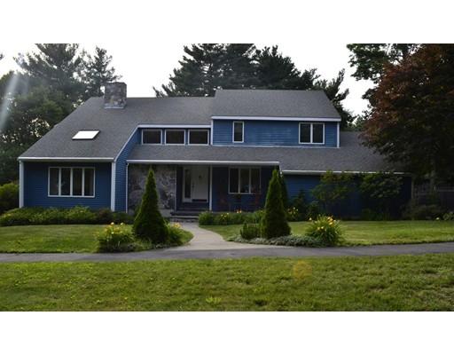 واحد منزل الأسرة للـ Sale في 8 Ipswich River Road Danvers, Massachusetts 01923 United States
