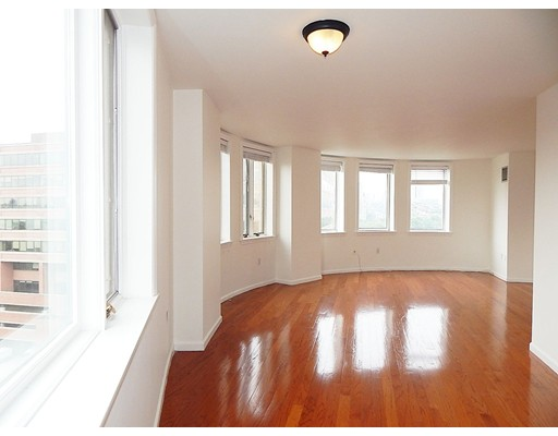 Single Family Home for Rent at 10 Rogers Cambridge, Massachusetts 02142 United States