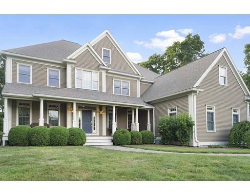 Частный односемейный дом для того Продажа на 9 Cardinal Circle Medway, Массачусетс 02053 Соединенные Штаты