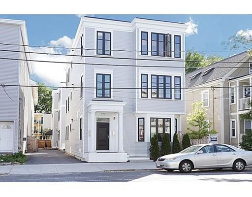 Casa Unifamiliar por un Alquiler en 308 Beacon Somerville, Massachusetts 02143 Estados Unidos