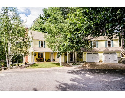 Single Family Home for Sale at 132 Nourse Road Bolton, Massachusetts 01740 United States